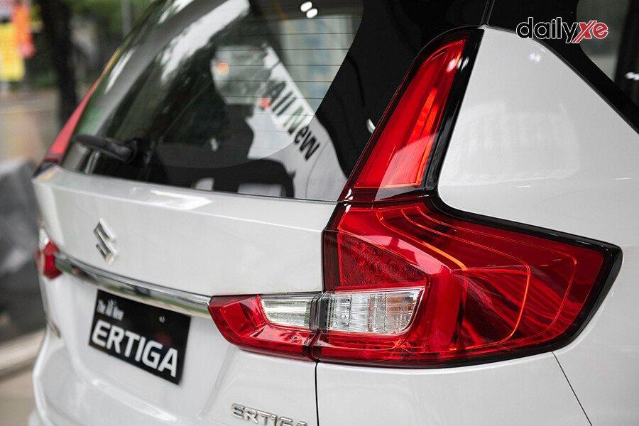 Suzuki Ertiga GL - Hình 10