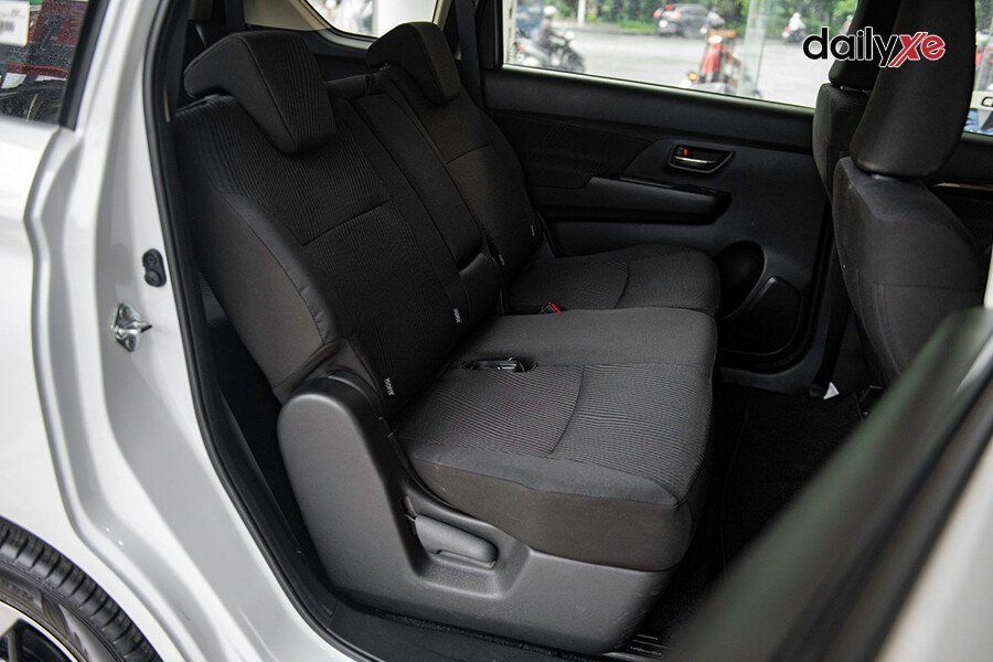 Suzuki Ertiga GL - Hình 18