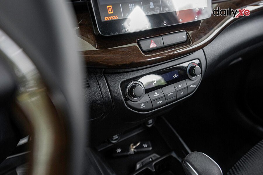 Suzuki Ertiga GL - Hình 22