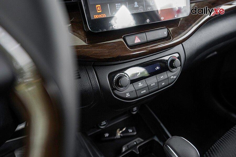 Suzuki Ertiga GX - Hình 15
