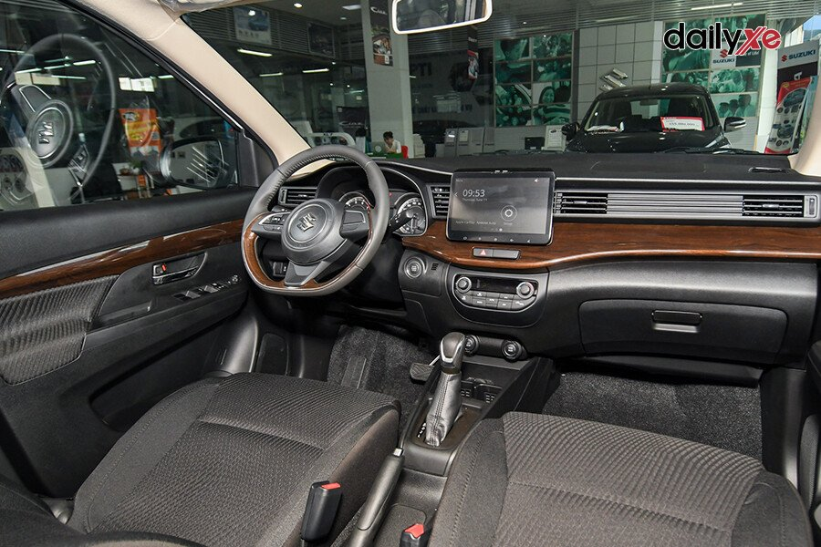 Suzuki Ertiga GX - Hình 9