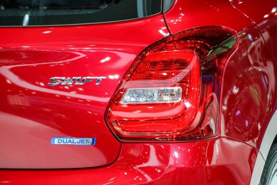 Suzuki Swift GLX - Hình 10