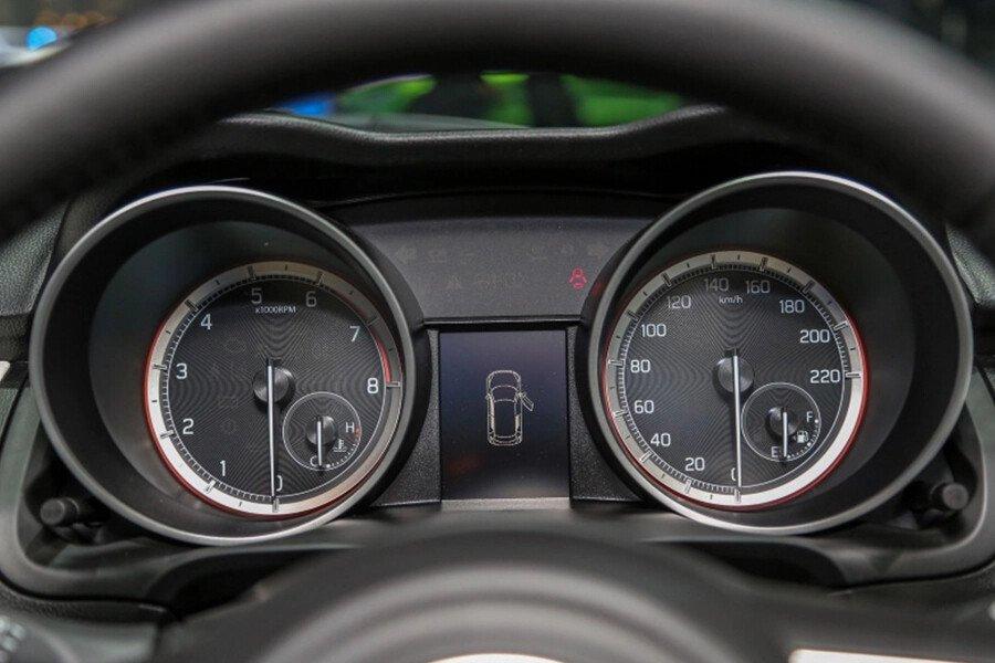 Suzuki Swift GLX - Hình 14