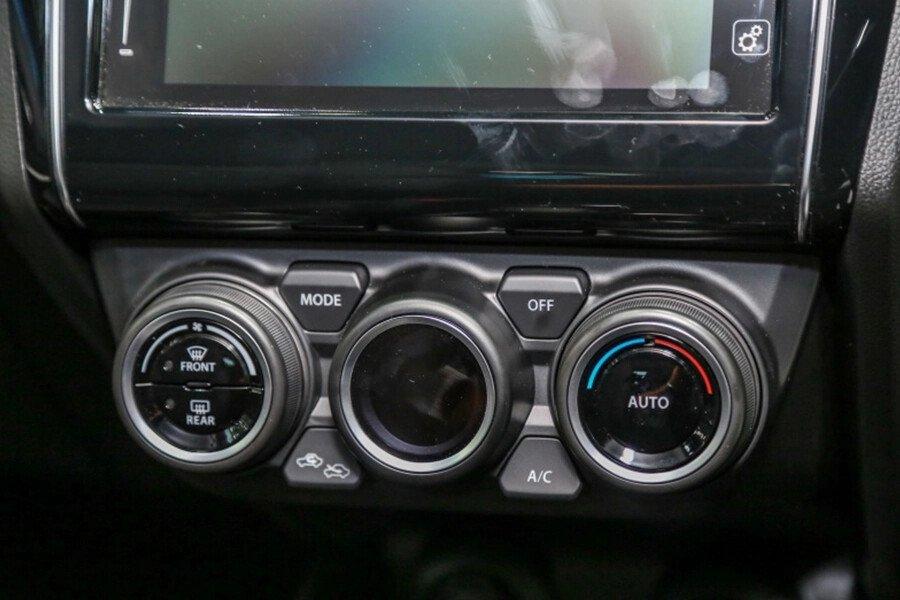Suzuki Swift GLX - Hình 17