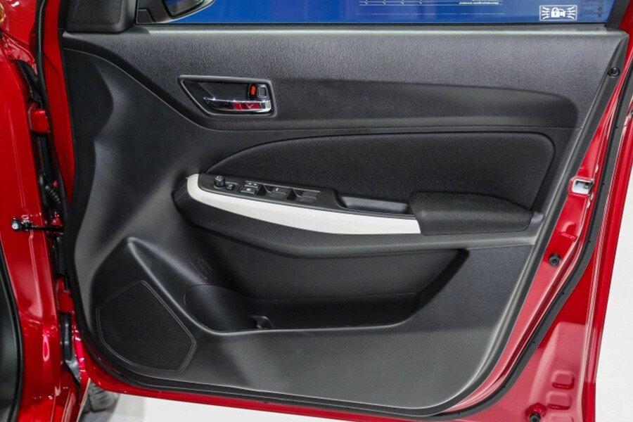 Suzuki Swift GLX - Hình 20