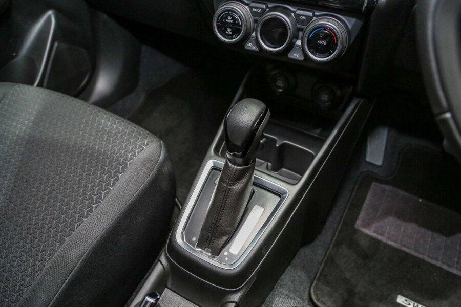 Suzuki Swift GLX - Hình 23