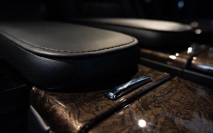 Toyota Alphard Luxury 2020 - Hình 18