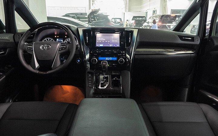 Toyota Alphard Luxury 2020 - Hình 9