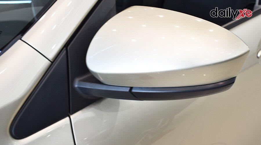 Toyota Avanza 1.3MT - Hình 6