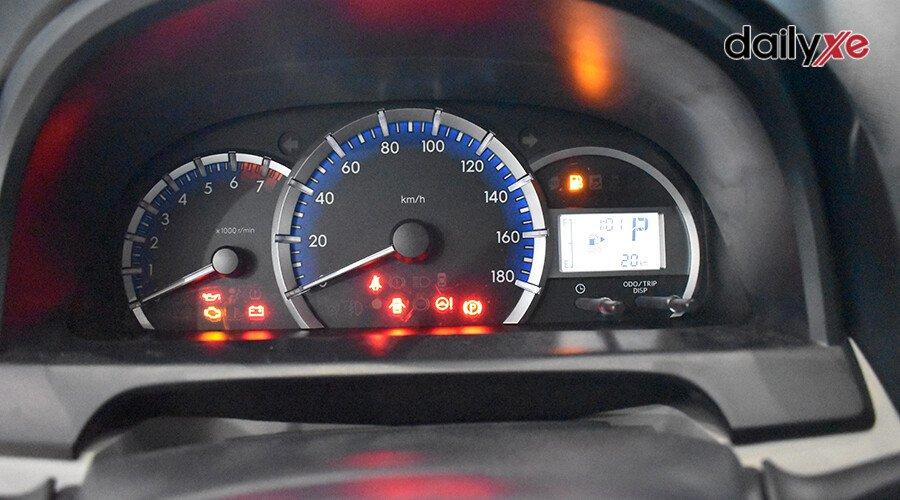 Toyota Avanza 1.5AT - Hình 13