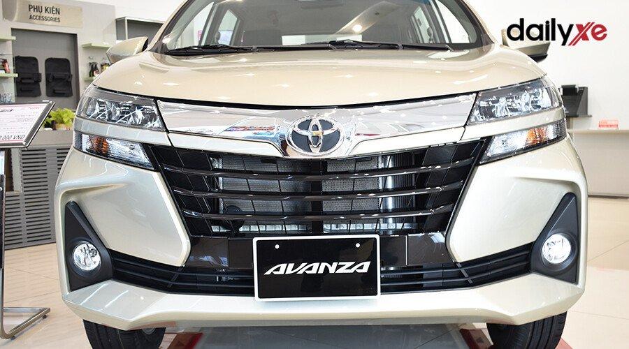 Toyota Avanza 1.5AT - Hình 3