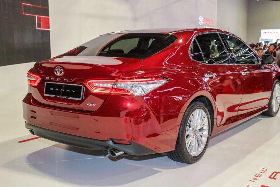 Toyota Camry 2.0G Nhập Khẩu - Hình 11