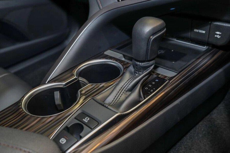 Toyota Camry 2.0G Nhập Khẩu - Hình 26