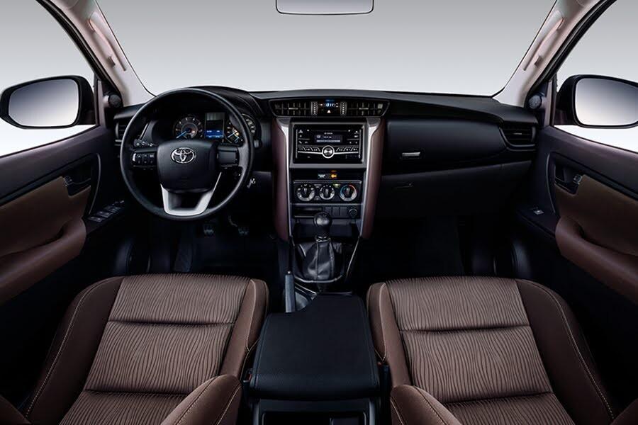 Toyota Fortuner 2.4G 4x2 MT 2020 - Hình 27