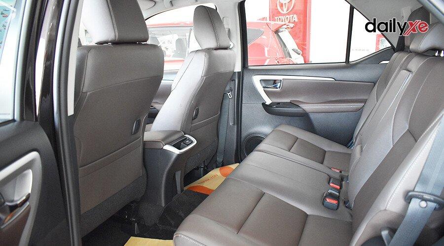 Toyota Fortuner 2.7 AT 4x2 - Hình 13