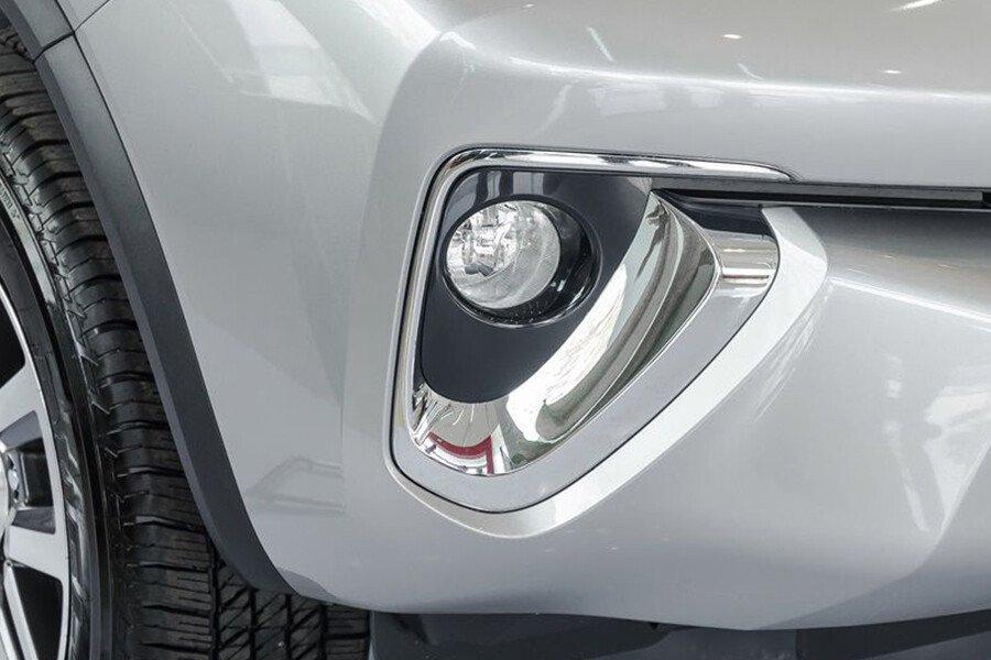 Toyota Fortuner TRD 2.7 AT 4x2 - Hình 4