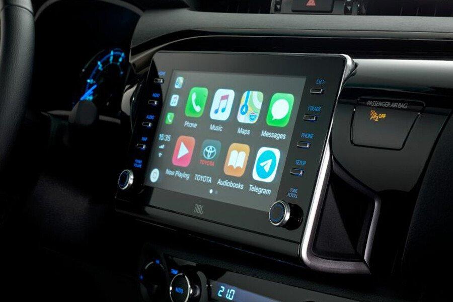Toyota Hilux 2.4L 4X2 AT - Hình 11