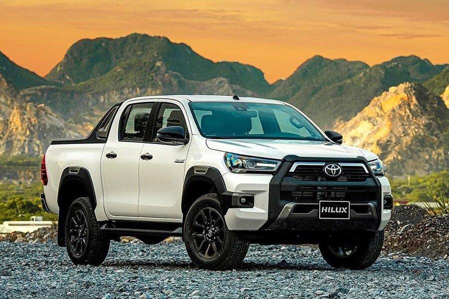 Toyota Hilux 2.4L 4X2 AT - Hình 2