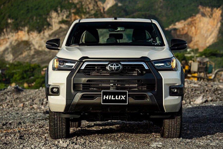 Toyota Hilux 2.8G 4x4 AT Adventure - Hình 5