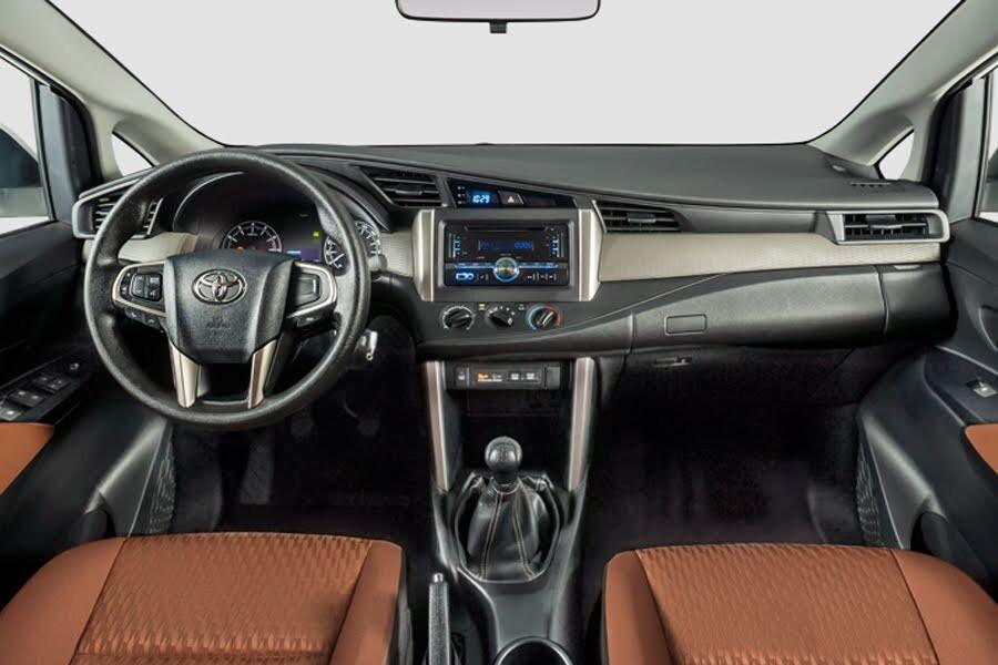 Toyota Innova 2.0E 2018 - Hình 26