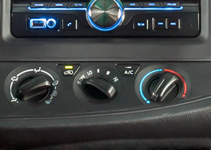 Toyota Innova 2.0V 2018 - Hình 36