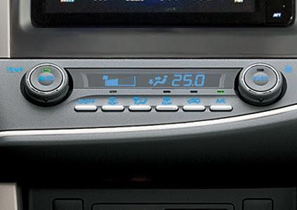 Toyota Innova Venturer 2018 - Hình 22
