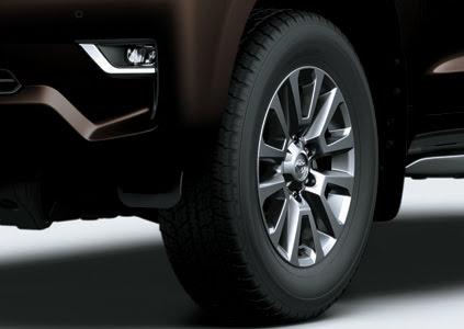 Toyota Land Cruiser Prado VX - Hình 10