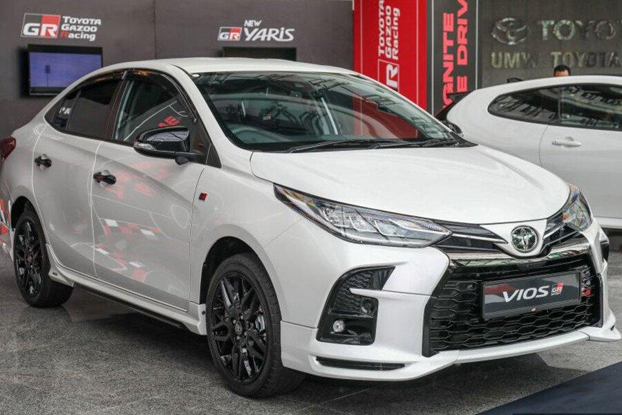 Toyota Vios 1.5 GR-S - Hình 1