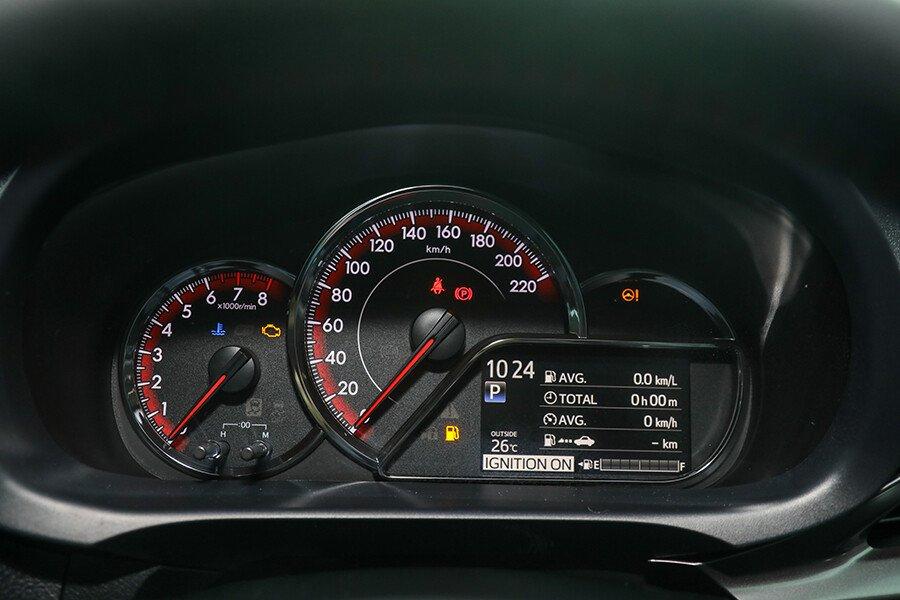 Toyota Vios 1.5 GR-S - Hình 27