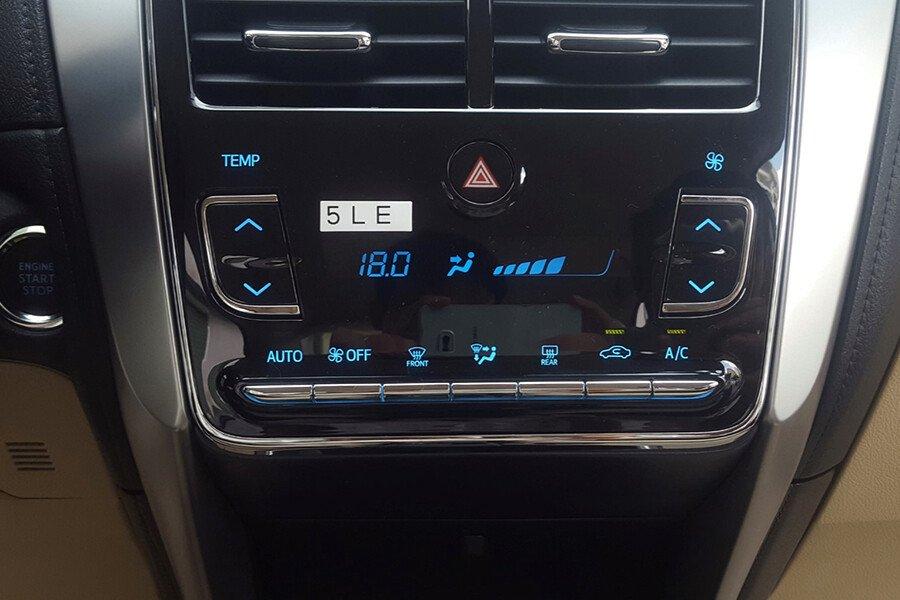Toyota Vios 1.5E CVT (3 túi khí) - Hình 17
