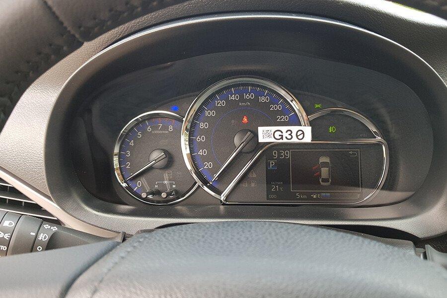 Toyota Vios 1.5E CVT (3 túi khí) - Hình 21