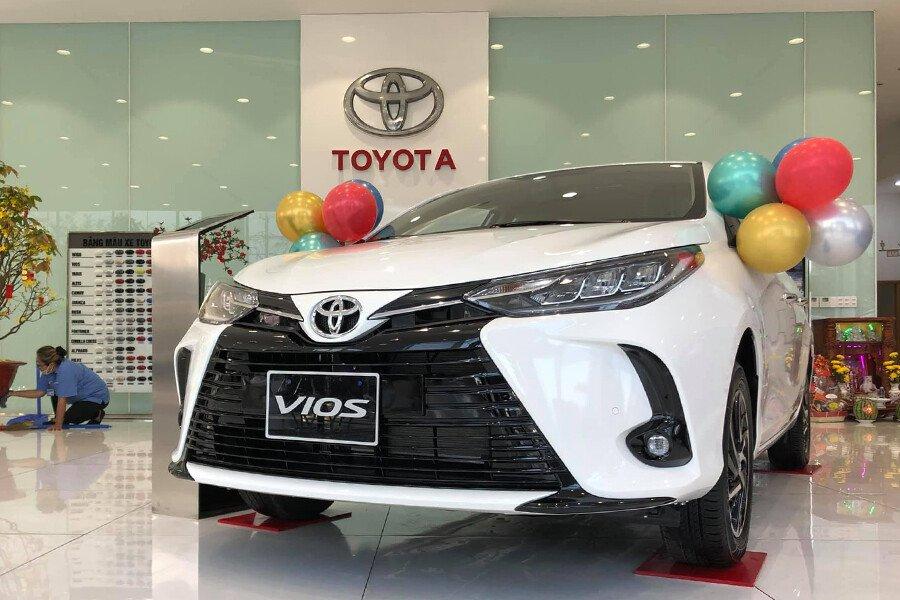 Toyota Vios 1.5G CVT - Hình 1