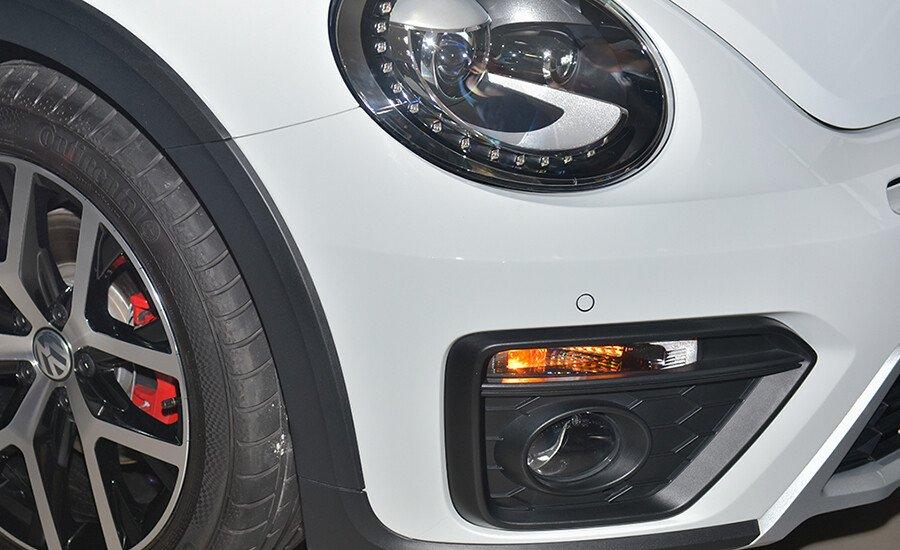 Volkswagen Beetle Dune 2.0L - Hình 10