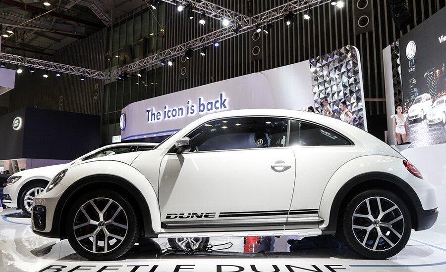 Volkswagen Beetle Dune 2.0L - Hình 2
