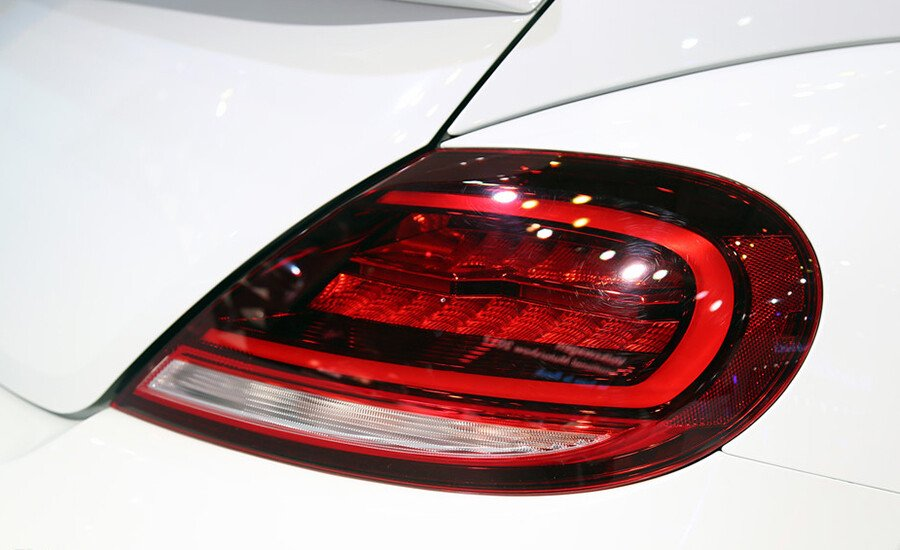 Volkswagen Beetle Dune 2.0L - Hình 7
