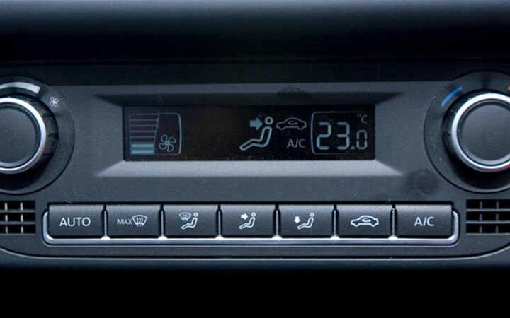 Volkswagen Polo Sedan 1.6L - Hình 13