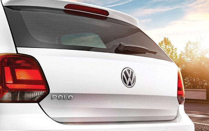 Volkswagen Polo Sedan 1.6L - Hình 3
