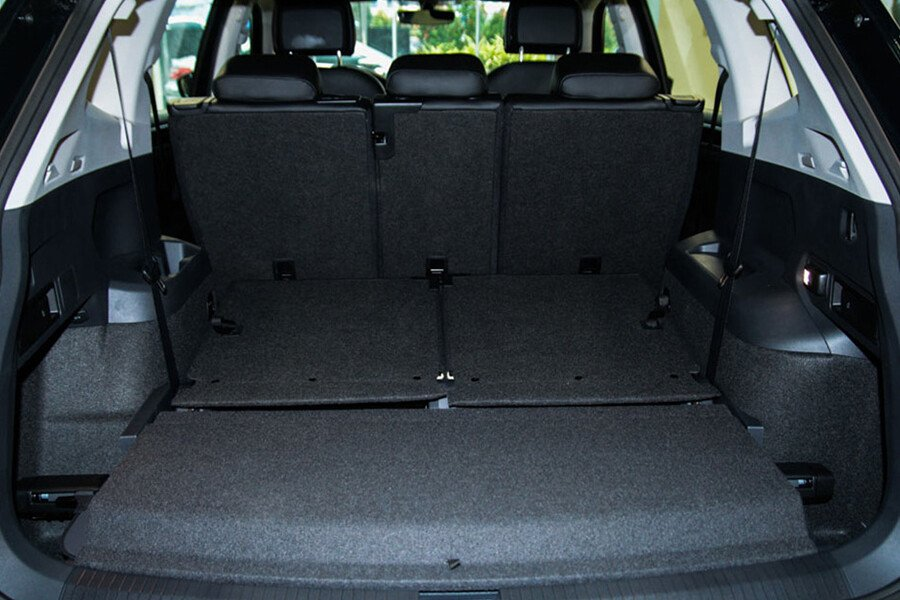 Volkswagen Tiguan Allspace 2.0L - Hình 17
