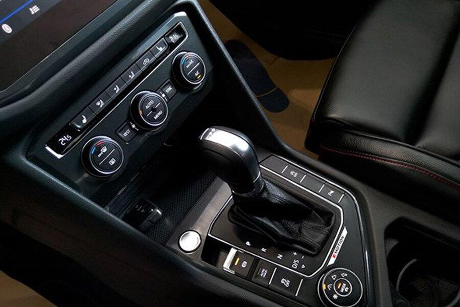 Volkswagen Tiguan Allspace 2.0L - Hình 21
