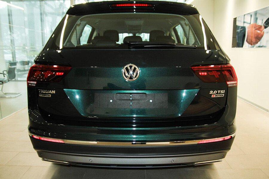 Volkswagen Tiguan Allspace 2.0L - Hình 5